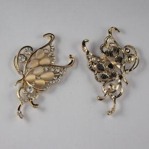 `Кабошон со стразами, бабочка, цвет основы: золото, цвет стразы: кремовый, размер: 70х45мм