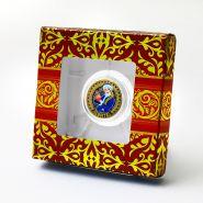 Подарочная коробка для 10р монеты с держателями. Вариант 2
