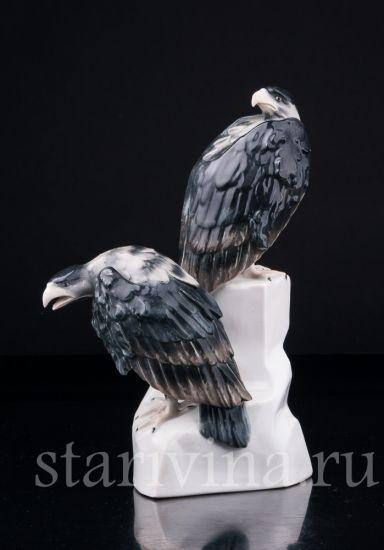 Антикварная старинная фарфоровая статуэтка Грифы производства Galluba und Hofmann, Германия