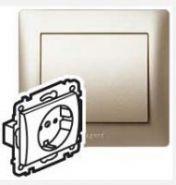 Силовая розетка 2К+З с лицевой панелью Pearl/Перламутр(арт.771562)