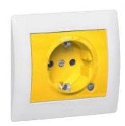 Розетка 2К+З с индикаторной лампой, с защитными шторками желтая (арт.771047)