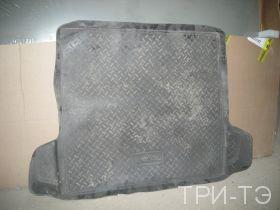 Рено Логан ковер в багажник