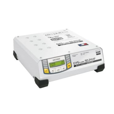 GYSFLASH 50.24 HF Зарядное устройство для аккумуляторов 6/12/24 В, ток зарядки 50 А, мощность 1500 Вт. Инверторное зарядное устройство, поддержка аккумулятора автомобиля находящегося в фазе диагностики. Идеальное качество зарядки при обслуживании самых со