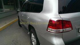 Реснички на заднию оптику для Toyota Land Cruiser 200 2008 -