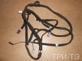 Рено Дастер проводка крышки багажника