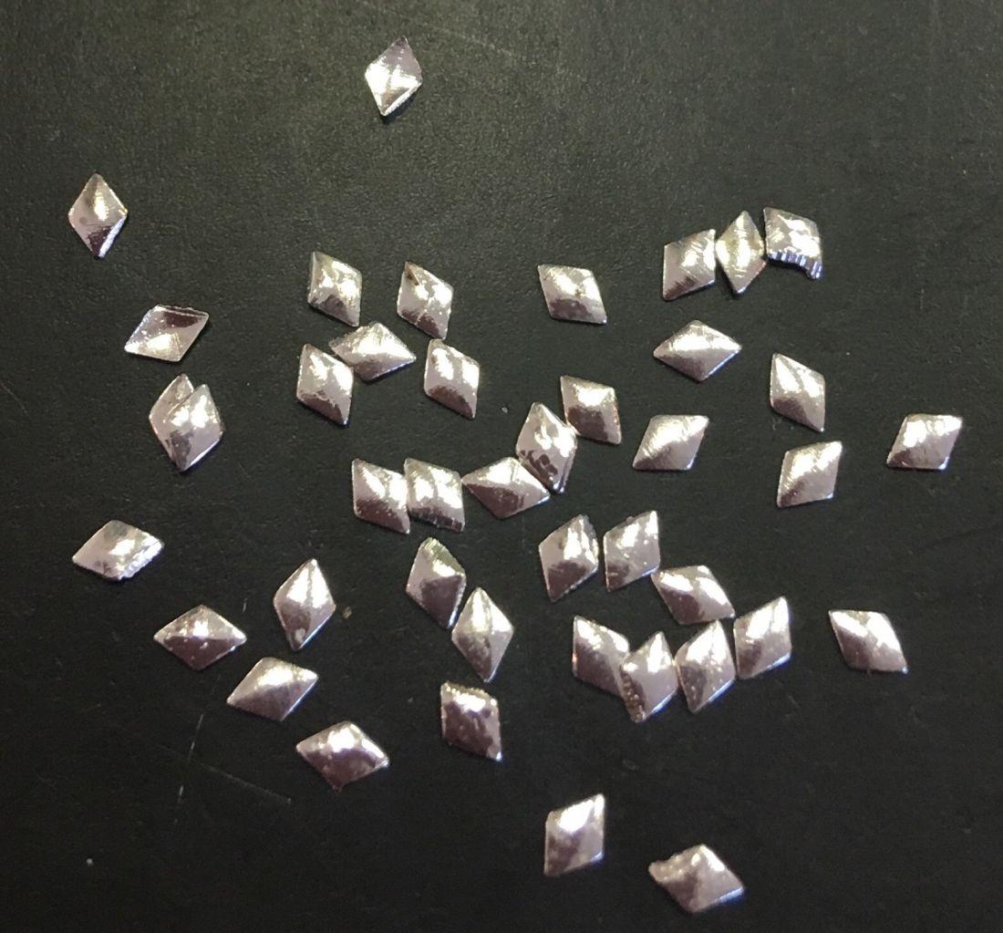 Ромб металлический 2*2мм (серебро)50шт.