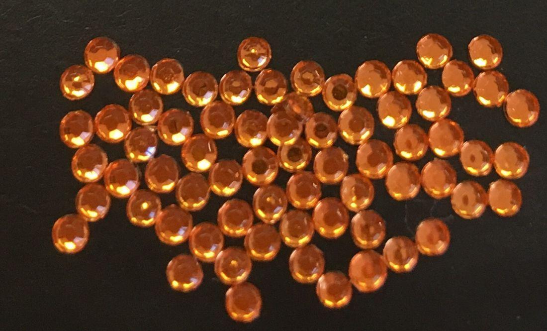 Стразы пластиковые круглые 2,5мм уп/70шт (оранжевые)