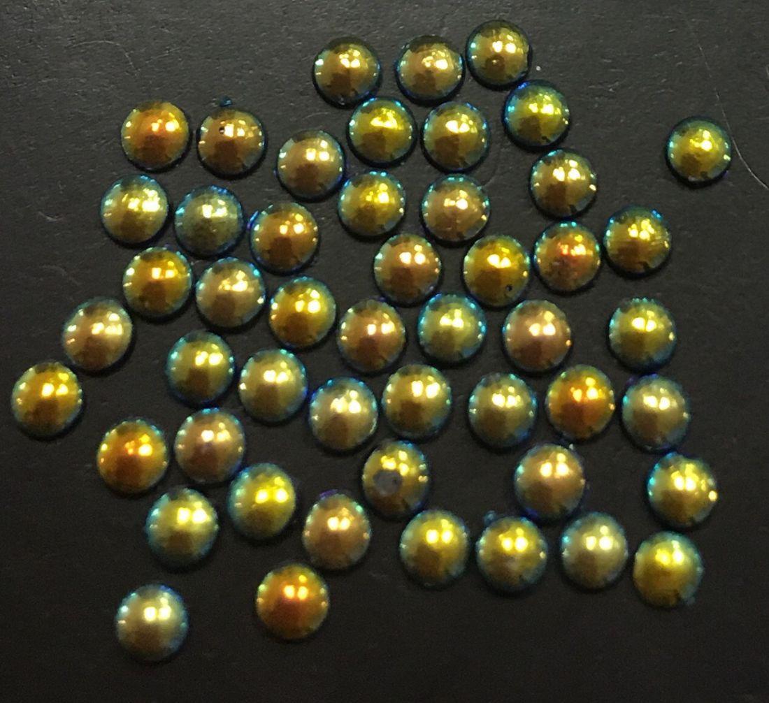 Стразы пластиковые круглые 2,5мм уп/50 шт (майский жук)