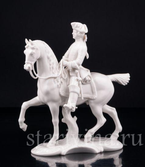 Антикварная старинная фарфоровая статуэтка всадника Охотник производства Nymphenburg, Германия