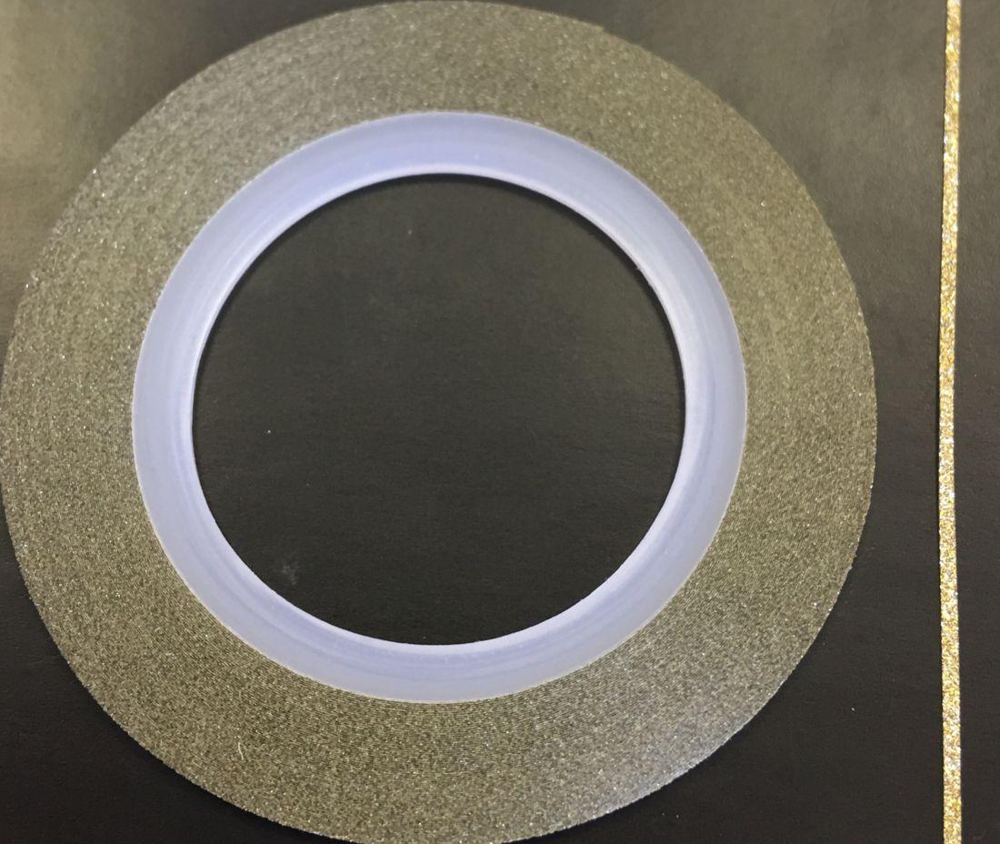 Наклейка-лента для дизайна ногтей в рулоне (0.8мм) мерцание (кремовый)