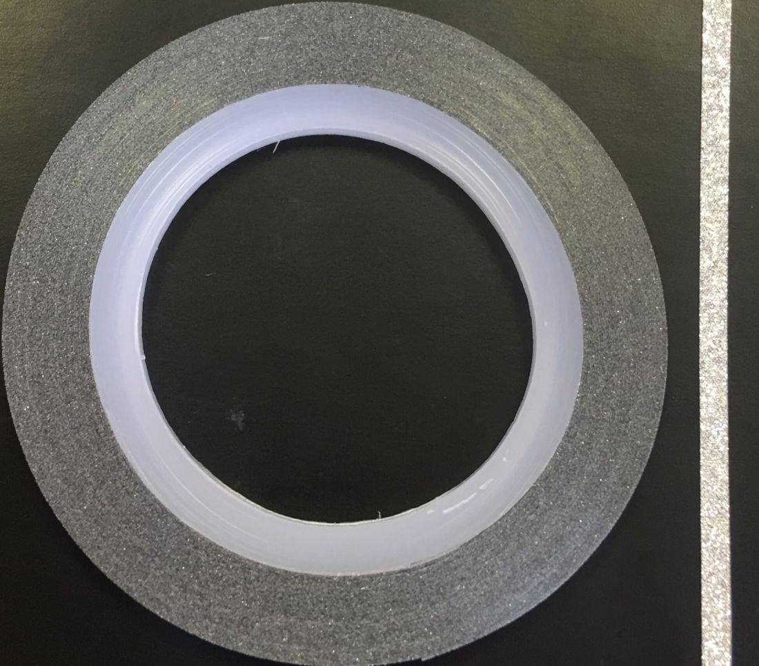Наклейка-лента для дизайна ногтей в рулоне (2мм) мерцание (серебро)