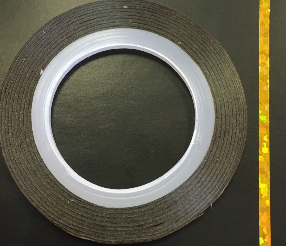 Наклейка-лента для дизайна ногтей в рулоне (2мм) голограмма (золото)