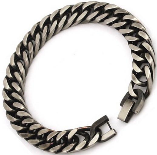 Мужской браслет из стали