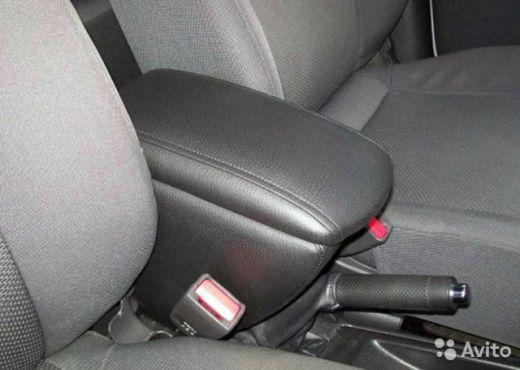 Подлокотник Chevrolet Aveo I;  2006-2011