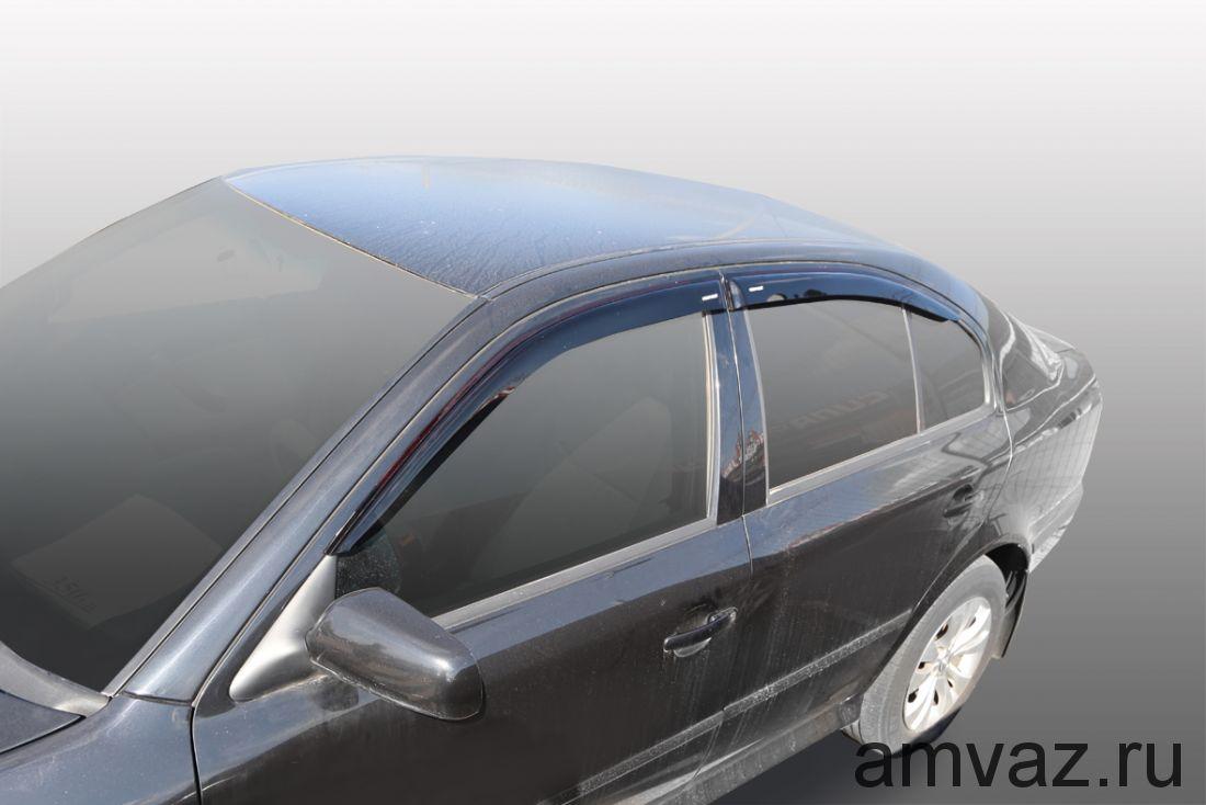 Дефлекторы на боковые стекла Voron Glass серия CORSAR Skoda Octavia Tour 1998-2010 /хетчбек/накладные/ скотч /к-т 4 шт./