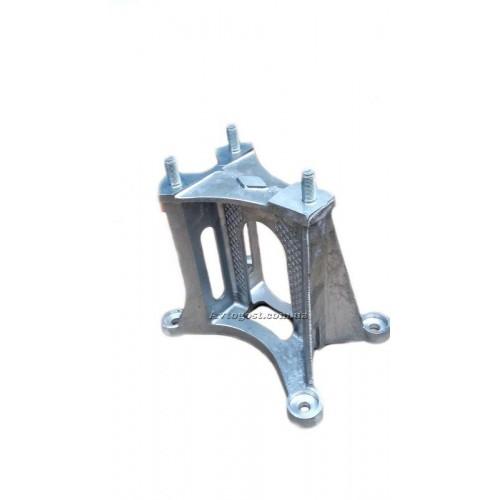 Кронштейн запасного колеса алюминиевый 2123 Нива-Шевроле