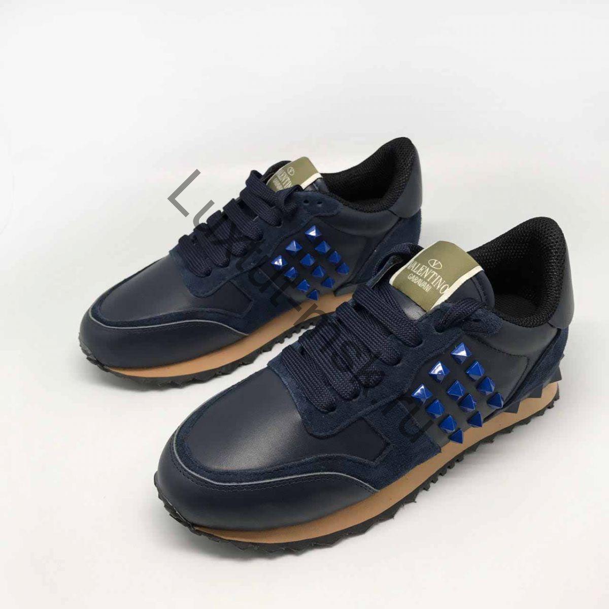 1a246a39 Кеды и кроссовки Valentino Garavani с шипами женские замшевые и ...