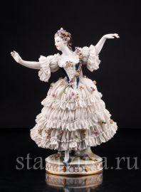 Танцующая девушка, кружевная, Volkstedt, Германия, до 1935 г., артикул 02997