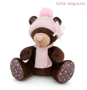 Медведь Milk сидячая в розовой шапочке с брошью и шарфе, арт. М5055/25