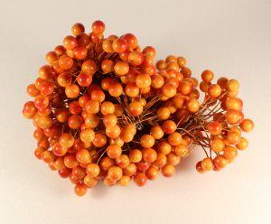 `Ягоды 10 мм (длина 16см), цвет - оранжево-красный. 1 уп = 40 ягодок ( 20 веточек)