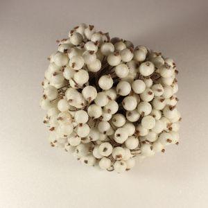 `Ягоды в сахарной обсыпке 12 мм (длина 16см), цвет - белый. 1 уп = 40 ягодок ( 20 веточек)