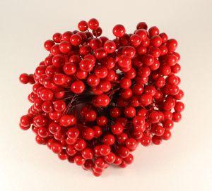 `Ягоды 10 мм (длина 16см), цвет - красный. 1 уп = 40 ягодок ( 20 веточек)