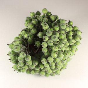 `Ягоды в сахарной обсыпке 12 мм (длина 16см), цвет - темно-зеленый. 1 веточка=2 ягодки
