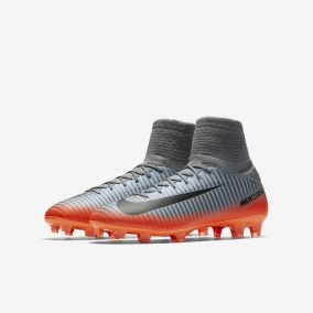 Детские бутсы NIKE MERCURIAL SUPERFLY V CR7 DF FG 852483-001 JR