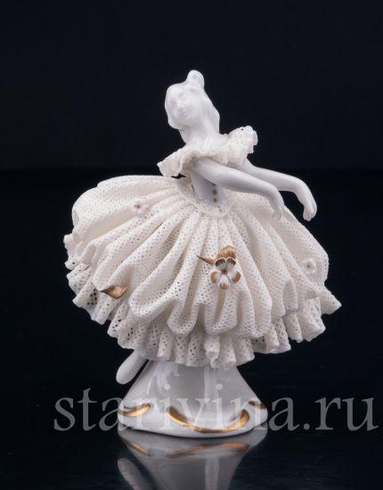 Изображение Танцующая девочка, кружевная миниатюра, Volkstedt, Германия
