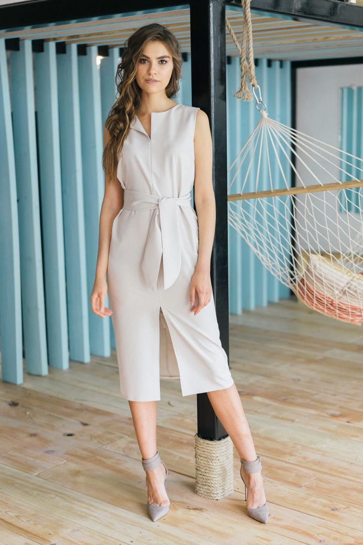 m355 Платье базовое молочного цвета