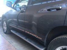 Логотипы Toyota Land Cruiser Prado, на боковые двери