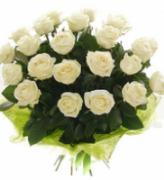 букет 23 белые розы