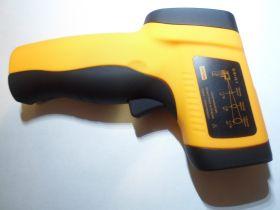 Инфракрасный термометр пирометр