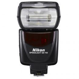 Nikon Speedlight SB-700 Фотовспышка