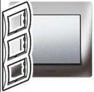 Рамка Legrand Galea Life 3 поста верт. Chrome (арт.771937)