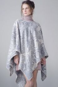 Роскошное кашемировое шотландское  пончо с орнаментом  BIAS NECK PONCHO LIGHT GREY  , высокая плотность, 100 % драгоценный кашемир,  плотность 6