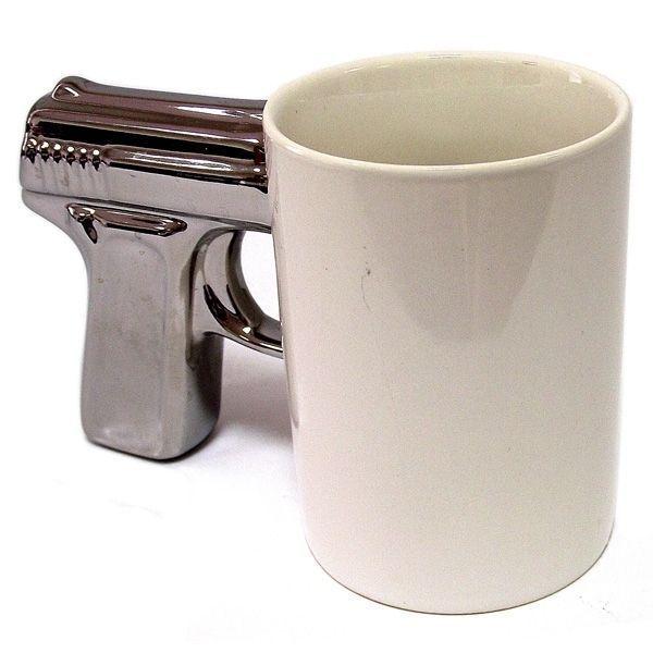 Кружка Пистолет белая с посеребренной ручкой