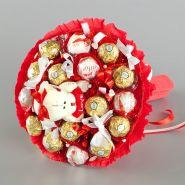 """Букет из конфет с игрушкой №701-1К """"Пылкое чувство"""""""