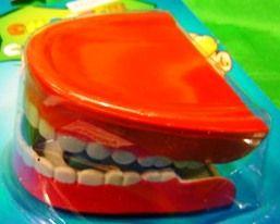 Зубы прыгающие малые (заводные)