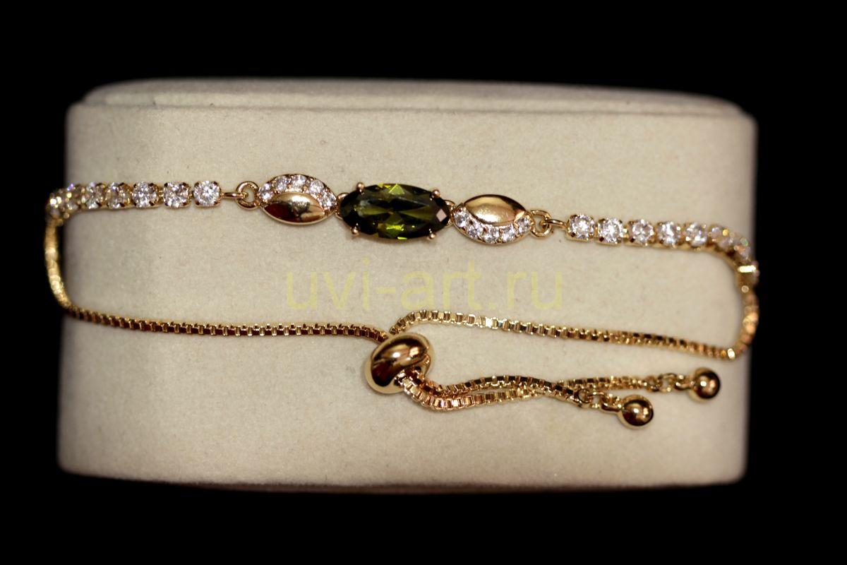 """Позолоченный браслет """"Модерн"""" с искусственными хризолитом и бриллиантами (арт. 305124)"""