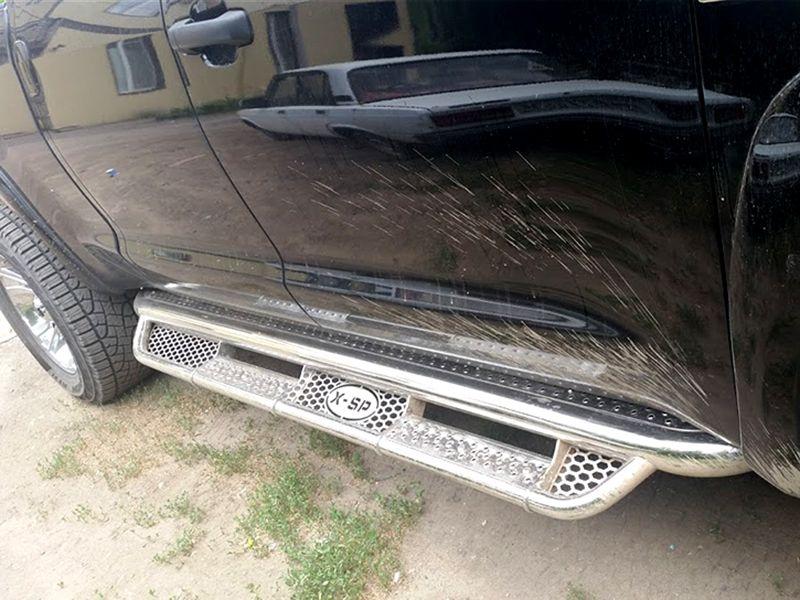 Пороги фигурные d-76+43 с нерж. листом Toyota Tundra CrewMax