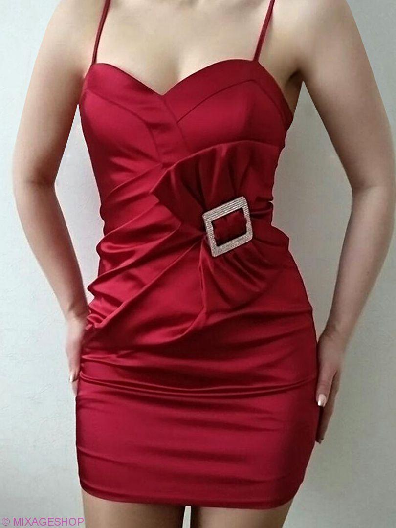 """Атласное платье цвета """"бордо"""" с акцентом в виде банта"""