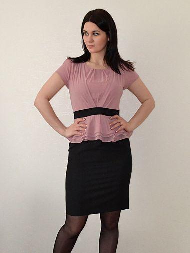 Элегантное платье с баской из габардина с шифоном