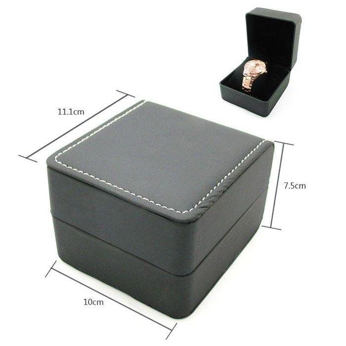 Коробка под часы кожаная