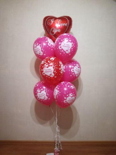 Фонтан из 9 круглых шаров и фольгированного сердца