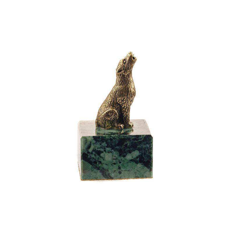 """Статуэтка """"Сидящий воющий волк"""" на подставке"""
