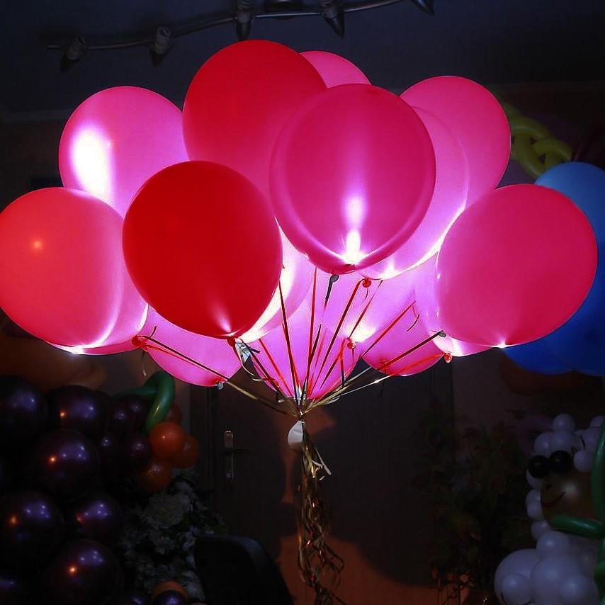 Светящиеся шары красные