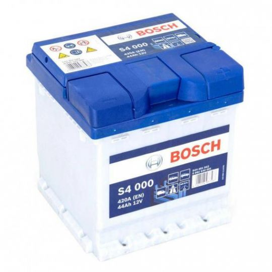 Автомобильный аккумулятор АКБ BOSCH (БОШ) S4 000 / 544 401 042 S4 Silver 44Ач о.п.