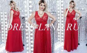 Красное вечернее платье с V-образным вырезом