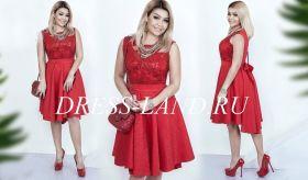 Красное коктейльное платье с кружевом и пайетками